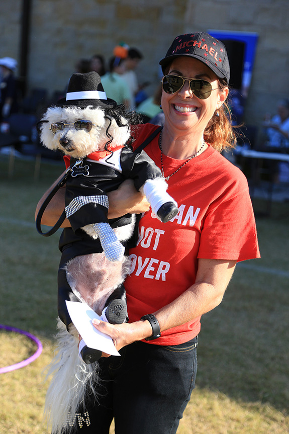 Dari Partian with her dog dressed as Michael Jackson, won Best of Show.