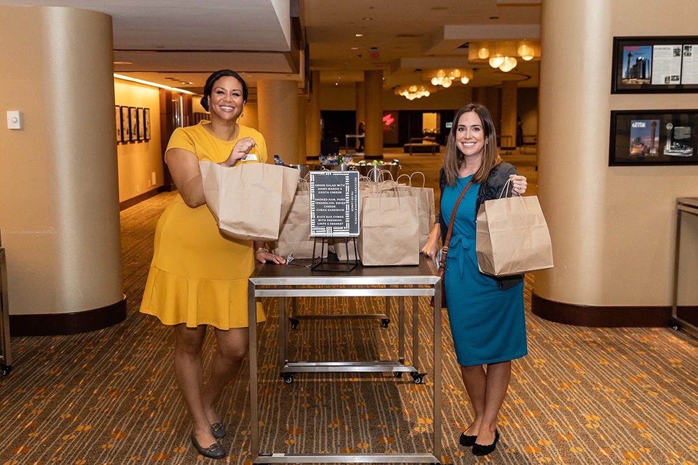 Alicia Peoples and Candice Stovall providing lunch
