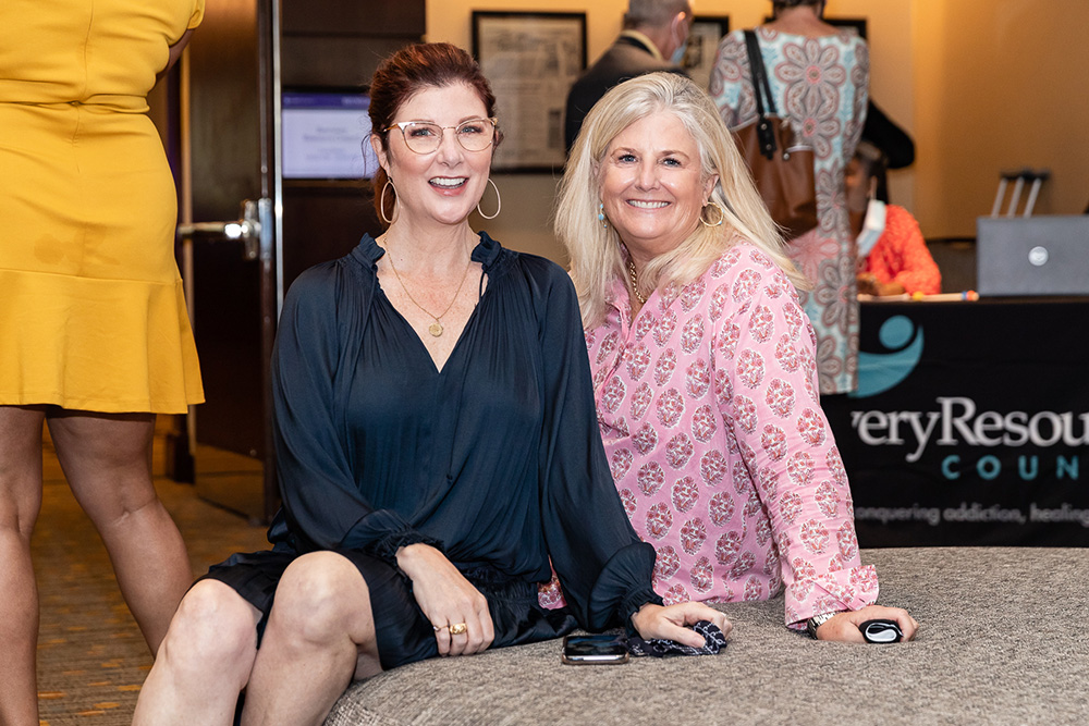 Cynthia Smoot and Robin Bagwell